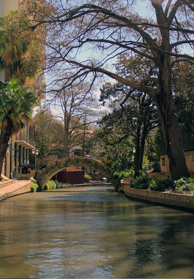 the riveralk in san antonio: Landscape Photography by Angela Murdock